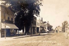 main street in mchenry illinois