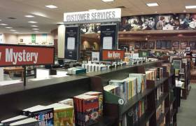 Barnes & Noble closes in Crystal Lake