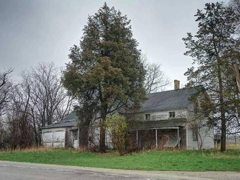Old Farmhouse  W. Bonner Rd Wauconda